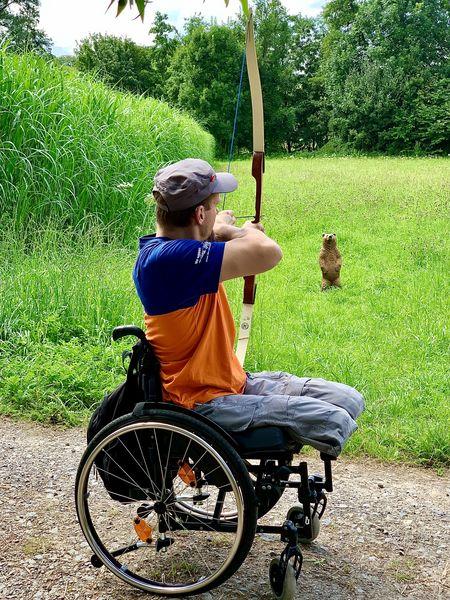 Rollstuhl amputiert Beinamputation